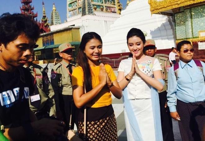 A hau Huyen My tham chua Myanmar hinh anh