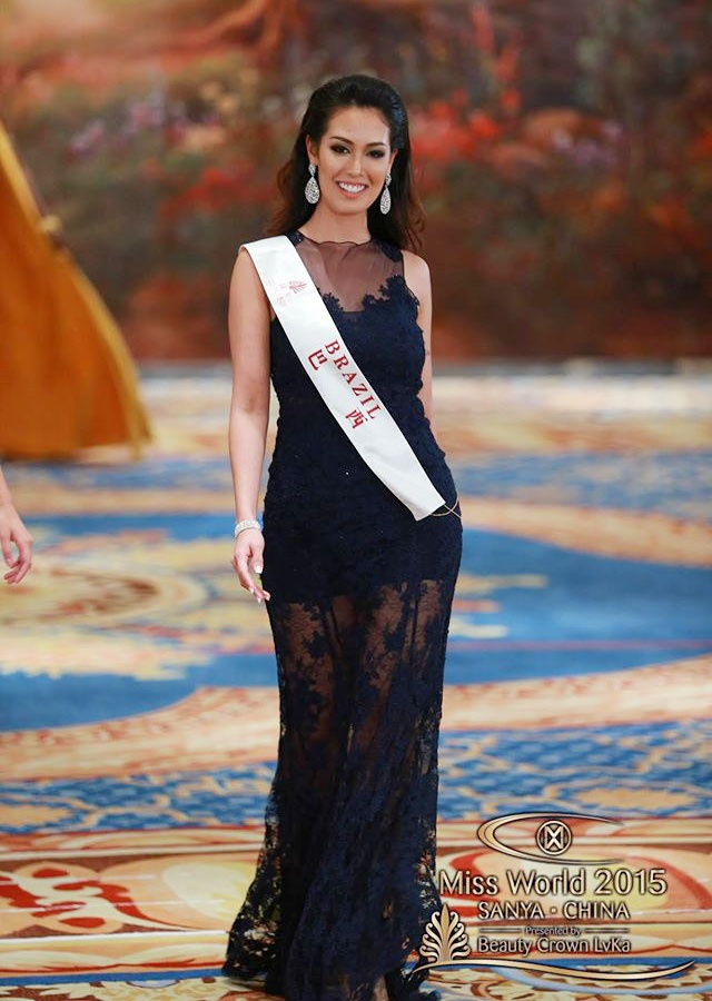 Vay da hoi cua Lan Khue vao top 10 Miss World hinh anh 9