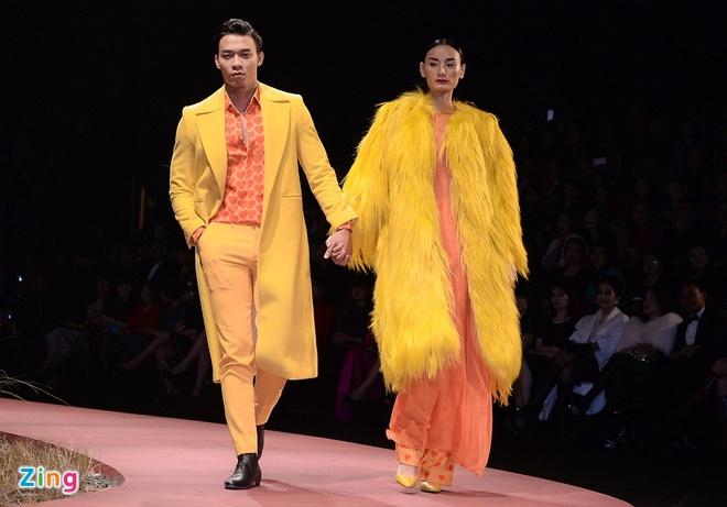 Phuong Trinh mo man show thoi trang o Ha Noi hinh anh 20