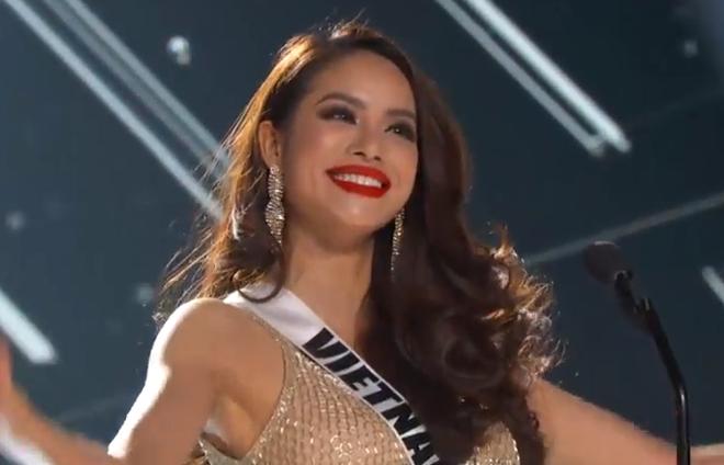 Pham Huong gioi thieu o ban ket Miss Universe hinh anh