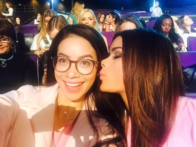 Nguoi dep Miss Universe rang ro tren san khau tong duyet hinh anh 3