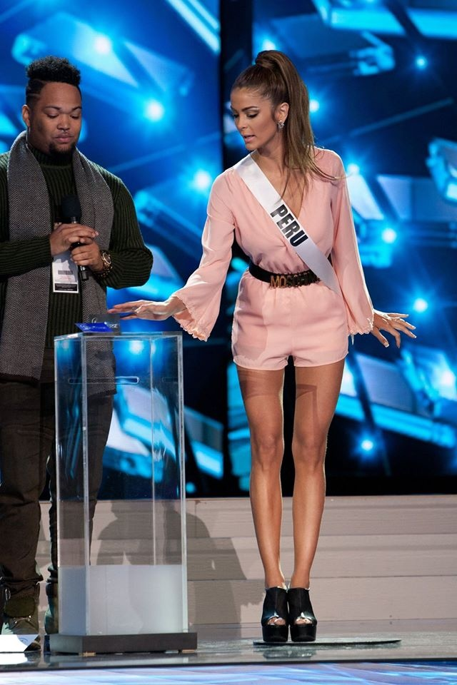 Nguoi dep Miss Universe rang ro tren san khau tong duyet hinh anh 11