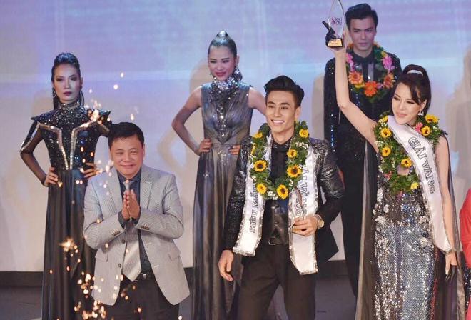 Nam sinh San khau Dien anh dang quang Sieu mau Viet Nam 2015 hinh anh