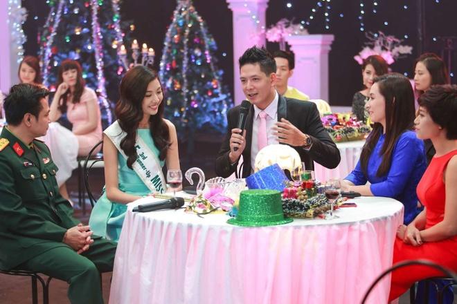 A hau Thuy Van lam khach moi chuong trinh gap go cuoi nam hinh anh 5