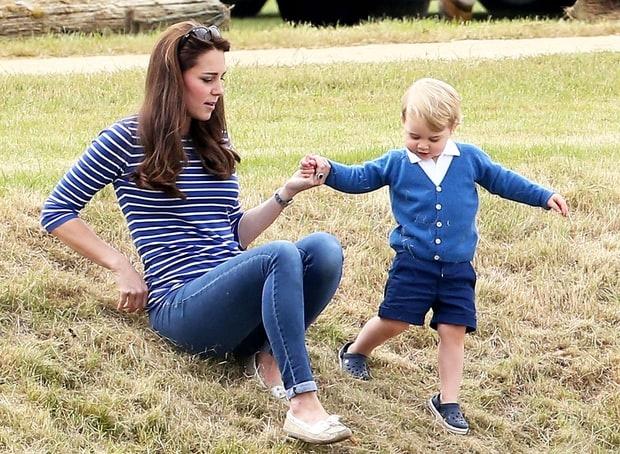 8 bo canh dep nhat nam 2015 cua cong nuong Kate Middleton hinh anh 3