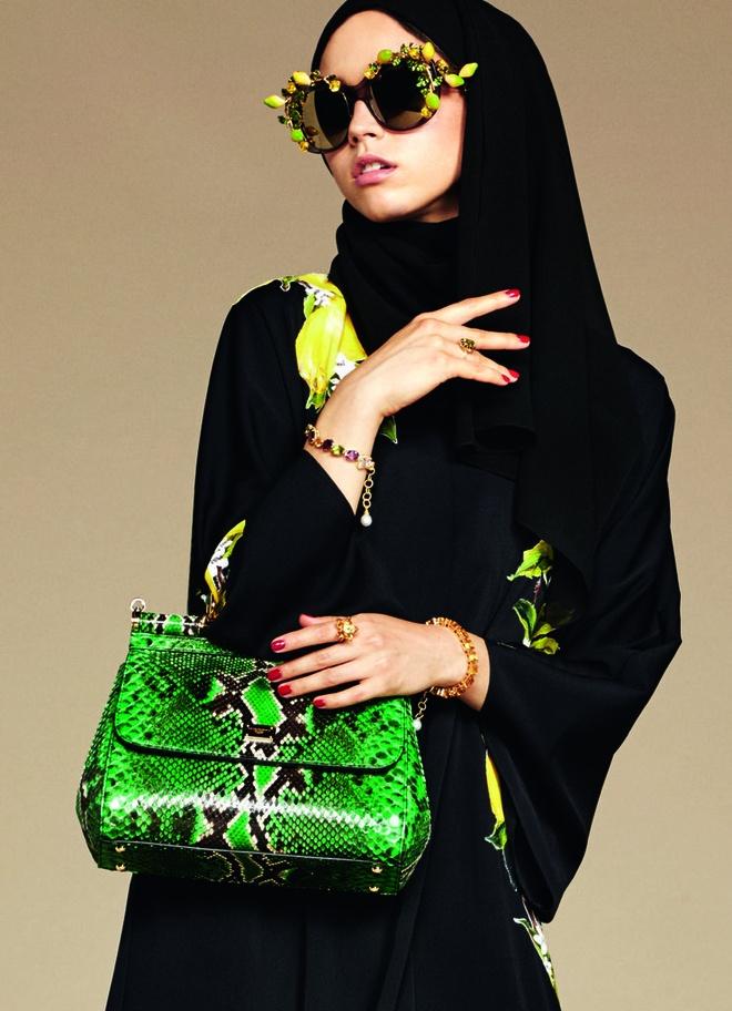 Dolce & Gabbana ra mat bo suu tap cho phu nu Hoi giao hinh anh 1