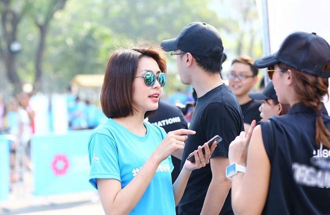 Tang Thanh Ha chinh phuc duong chay viet da 5 km hinh anh 4