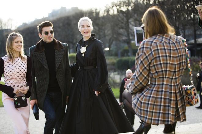 Fashionista mac gi o tuan le thoi trang cao cap Paris? hinh anh 1