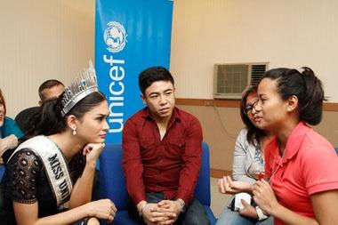 Duong kim Hoa hau Hoan vu se xet nghiem HIV hinh anh 1