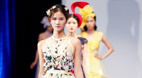 Video truc tiep chung ket Project Runway 2015 hinh anh