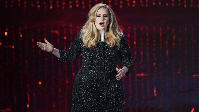 Adele khong cho phep Donald Trump su dung ca khuc cua minh hinh anh 1