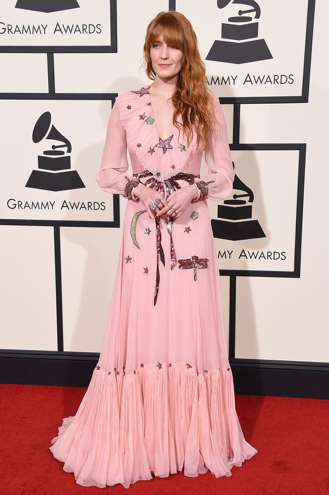 Nhung trang phuc quai di o Grammy hinh anh 8