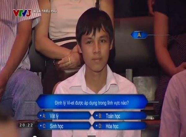 Nhung su co kho tin cua MC Lai Van Sam va Ai la trieu phu hinh anh 2