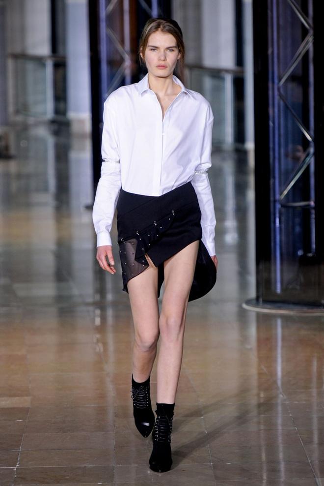 Paris Fashion Week mo man voi nhung bo suu tap la mat hinh anh 8