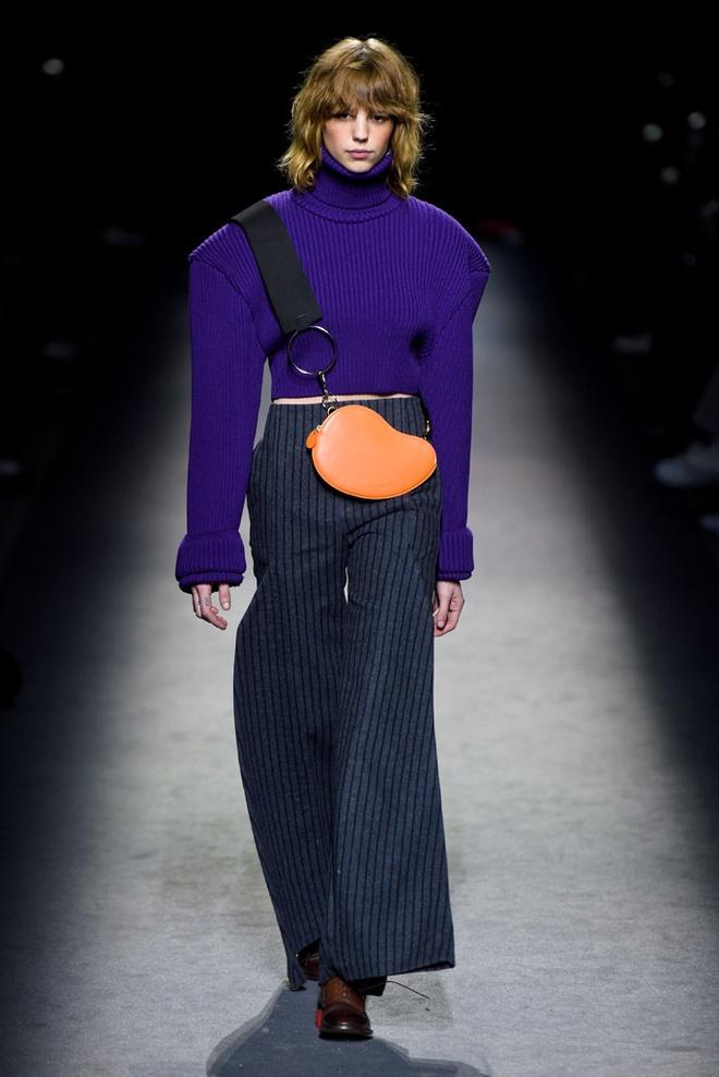Paris Fashion Week mo man voi nhung bo suu tap la mat hinh anh 2
