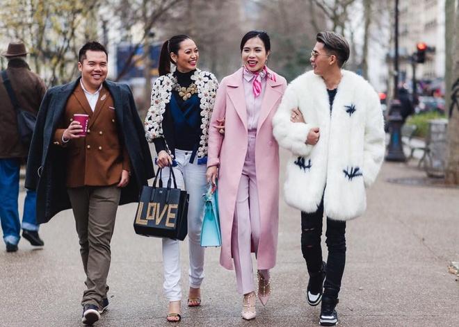 Tin do thoi trang Viet tai Paris Fashion Week 2016 hinh anh 1