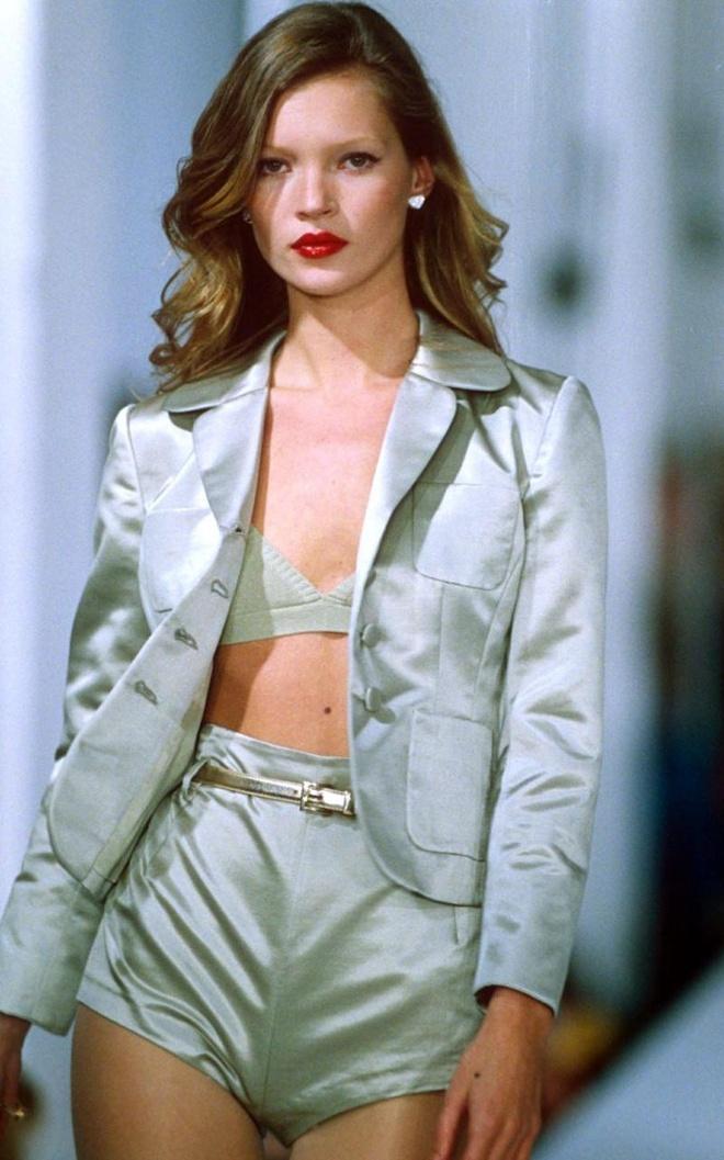 Kate Moss chia tay cong ty quan ly sau 28 nam hinh anh 1