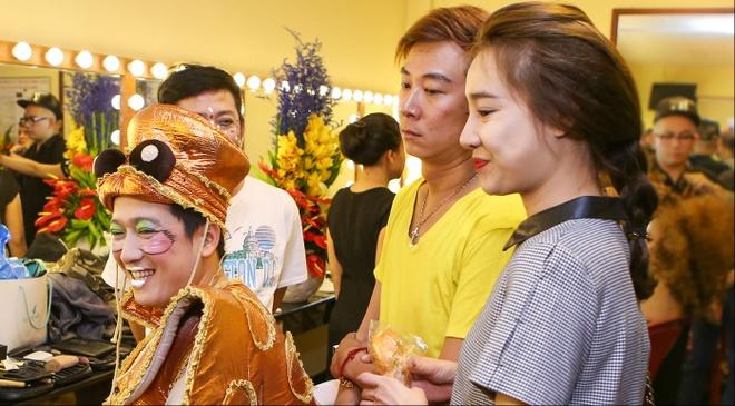 Nha Phuong den ung ho Truong Giang o show Tran Thanh hinh anh