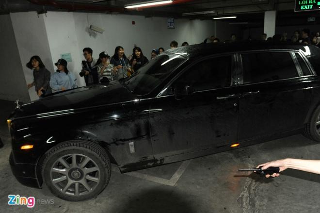 Seungri (Big Bang) om dau chay thoat khoi fan Ha Noi hinh anh 7