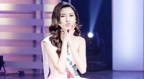 Thuy Van so sanh nhan sac cua Pham Huong voi Thuy Kieu hinh anh