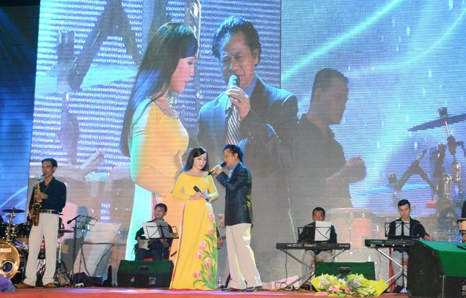 Live show Che Linh anh 1