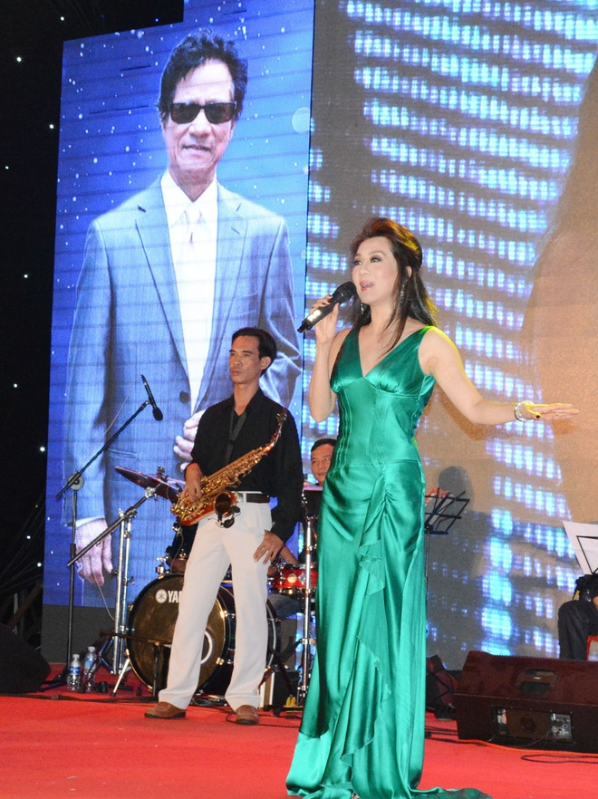 Live show Che Linh anh 3