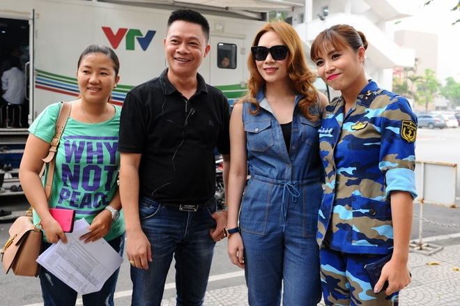 My Tam tro tai hat cai luong truoc fan Ha Noi hinh anh 2