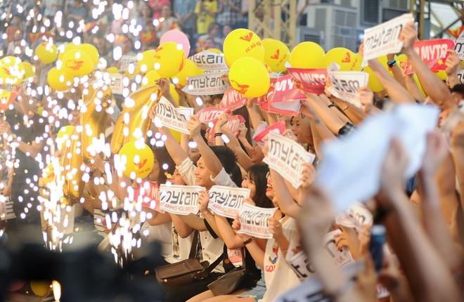 My Tam tro tai hat cai luong truoc fan Ha Noi hinh anh 3