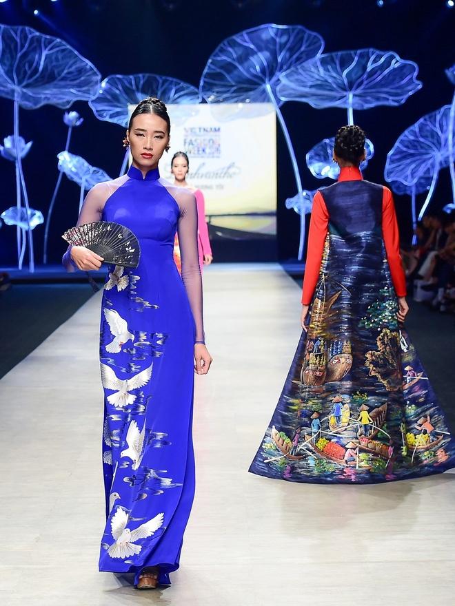 Vo chong Luong The Thanh catwalk doi o tuan le thoi trang hinh anh 9