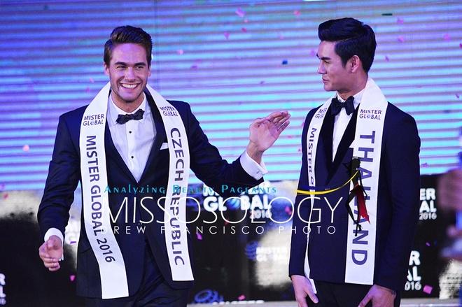 Thi sinh Viet thi chui trang tay tai Mister Global 2016 hinh anh 2