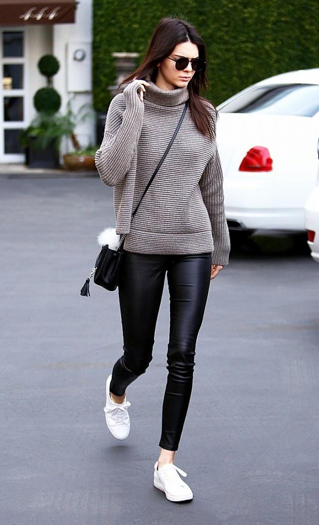 Kendall Jenner me man doi sneaker trang hon 2 trieu dong hinh anh 8