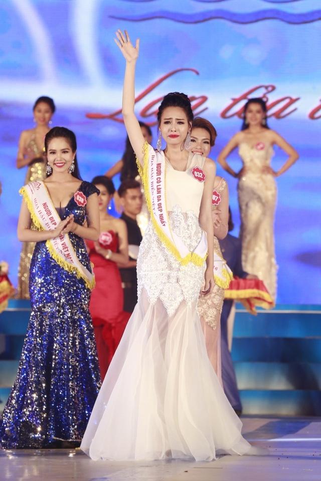 Nguoi dep 21 tuoi dang quang Hoa hau Bien Viet Nam hinh anh 1
