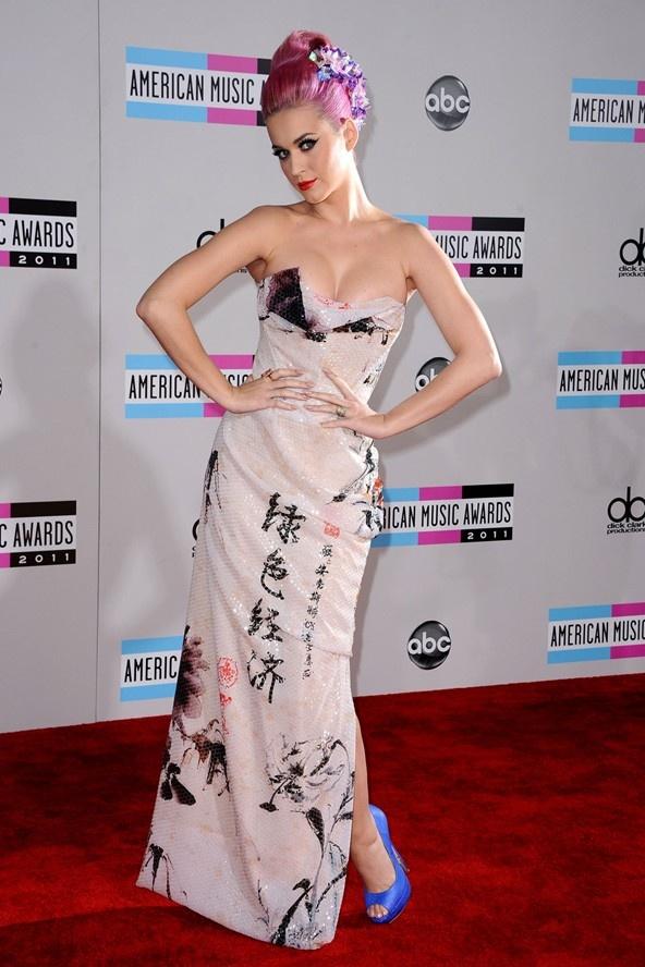 Katy Perry - tac ke hoa hay bieu tuong thoi trang? hinh anh 11