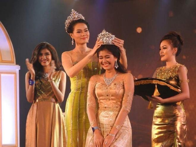 Nguoi dep tuoi teen dang quang Hoa hau Myanmar hinh anh 1