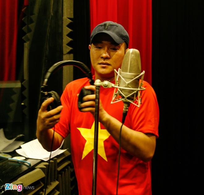 NS Cong Ly, Tu Long hat vinh danh chien si CASA va SU-30 hinh anh 9