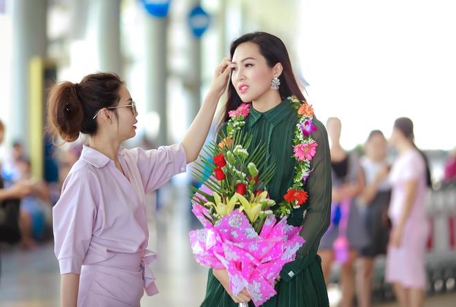 Hoa khoi Dieu Ngoc ve tham gia dinh sau dang quang hinh anh 5