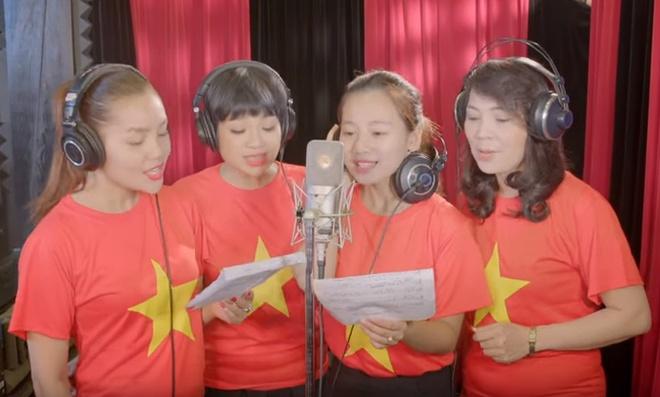 MV tuong nho phi cong Tran Quang Khai va 9 quan nhan hinh anh