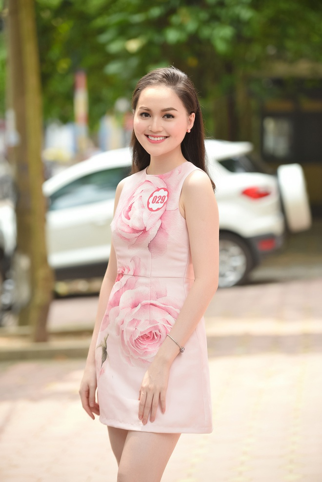 Em gai cao 1,8 m cua a hau Tra My thi Hoa hau Viet Nam hinh anh 6