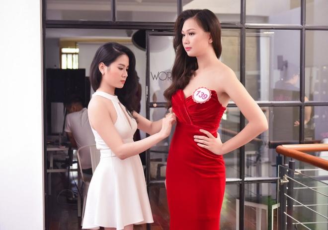 Hau truong chup bikini cua top 32 Hoa hau Viet Nam mien Bac hinh anh 6