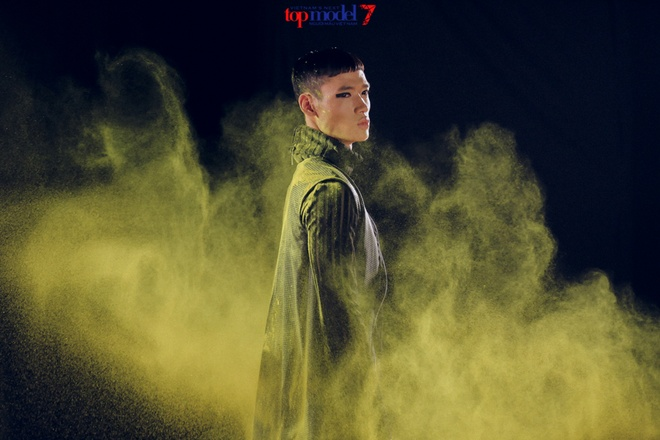 Thanh Hang quyen luc ben dan thi sinh Next Top Model hinh anh 5