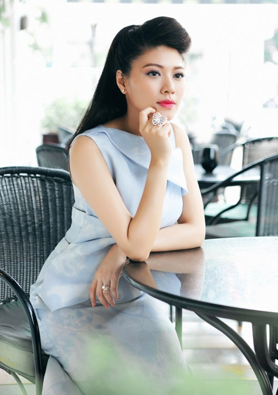 MC Ngoc Trinh tung bi lanh dao VTV yeu cau xuong song hinh anh 3