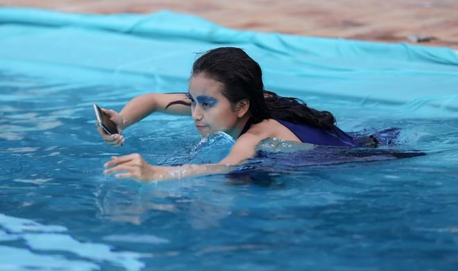 Hot girl cao 1,55 m nhan 'con mua' loi khen o Next Top Model hinh anh 1