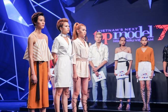 Hot girl cao 1,55 m nhan 'con mua' loi khen o Next Top Model hinh anh 3