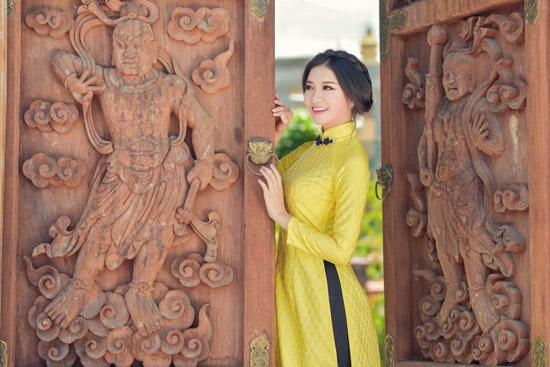 Nuoc mat cua thi sinh bi bong phai roi Hoa hau Viet Nam 2016 hinh anh 1