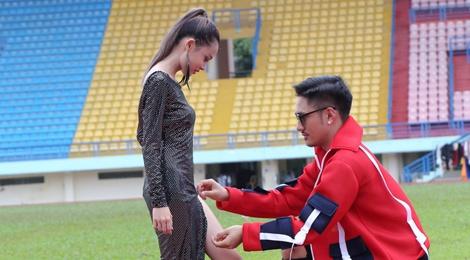 Ly Qui Khanh xe vay thi sinh Next Top Model hinh anh