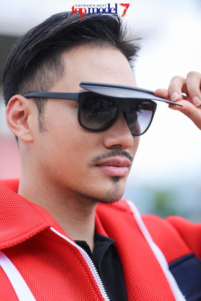 Ly Qui Khanh xe vay thi sinh Next Top Model hinh anh 7