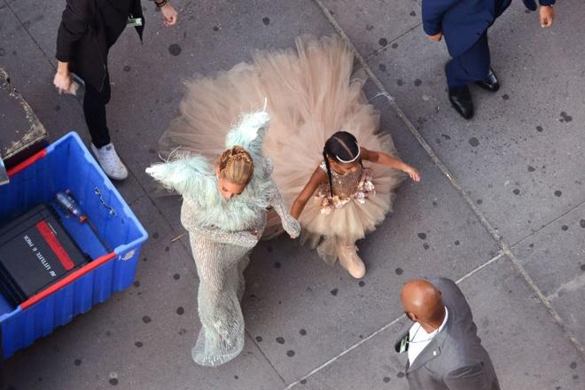 Con gai Beyonce anh 6