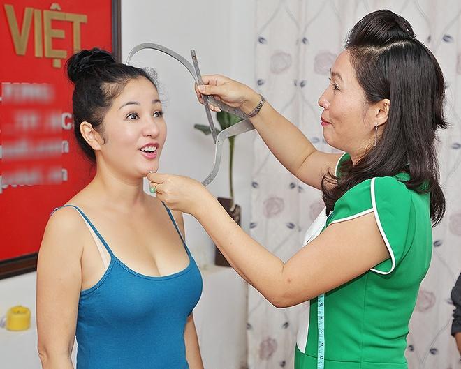 Thuy Nga hon tuong sap cua Hoai Linh hinh anh 6