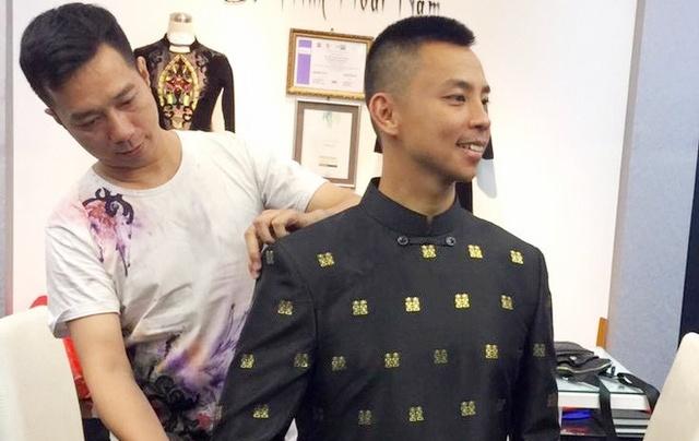 Tranh cai ve ao dai dat vang 6.000 USD cua Chi Anh hinh anh