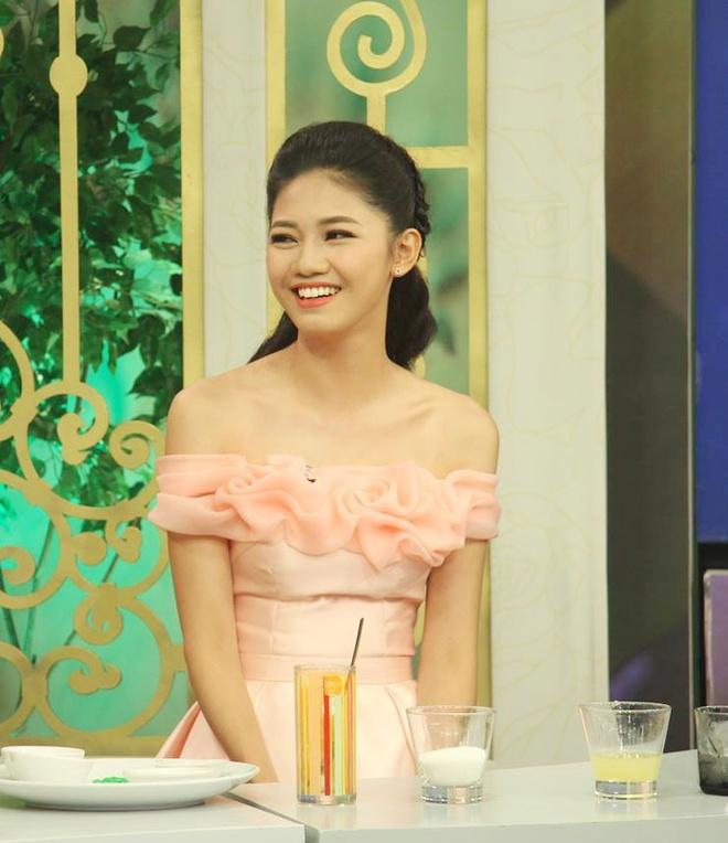 A hau Thanh Tu Bua trua vui ve anh 1